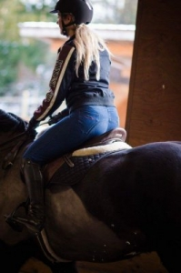 blue-breeches-mounted-sm